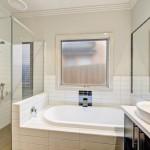Balwyn-Nth5-Bath