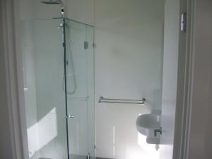 Park Cres Bathroom3